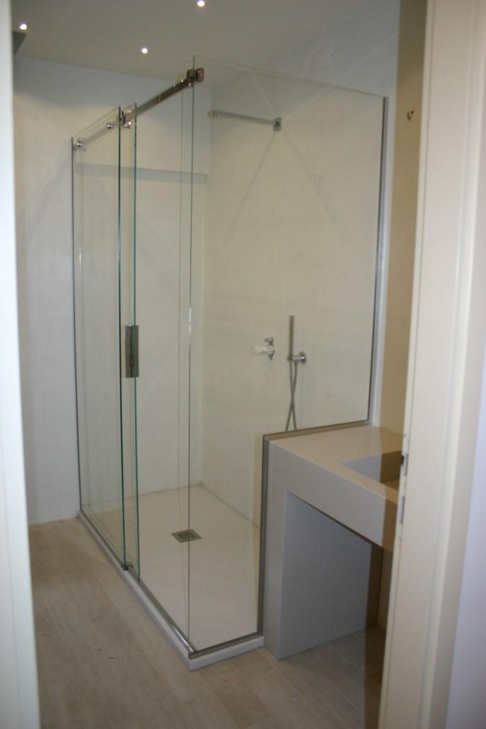 Vetri box doccia su misura boiserie in ceramica per bagno - Cabine doccia su misura ...