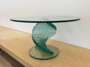 Tavolino a spirale in vetro