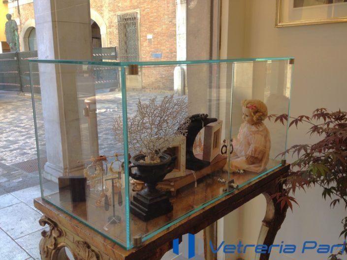 Vetrinetta/Teca in vetro Rimini