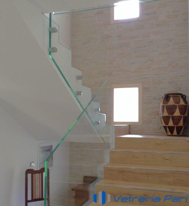 Parapetto in vetro su scala Riccione