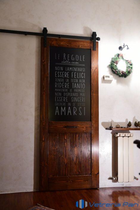 Vetro per porta con scritta personalizzata incisa Rimini