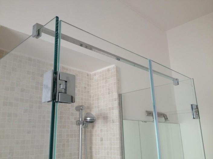 Box doccia con vetri fissi ed apertura a battente Rimini
