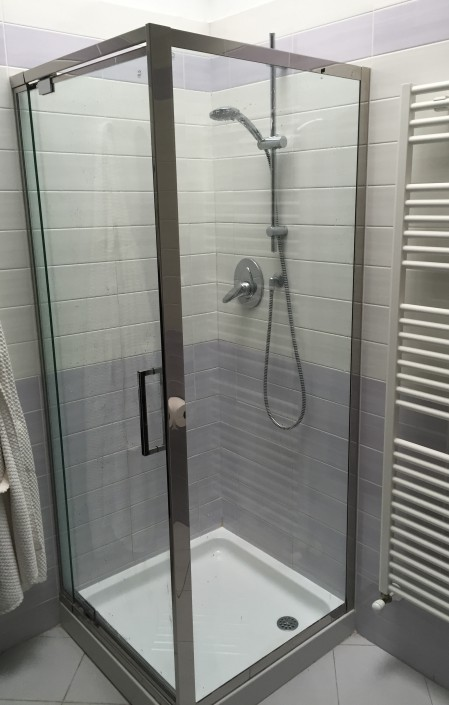 Box doccia in acciaio