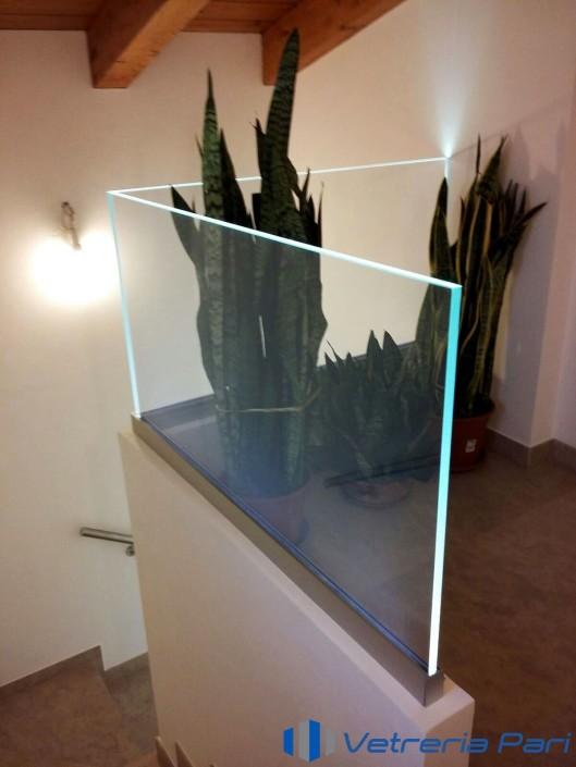 Parapetto scala illuminato a LED Rimini