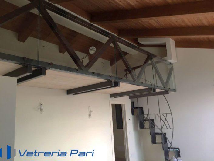 Soppalco con parapetto in vetro Rimini